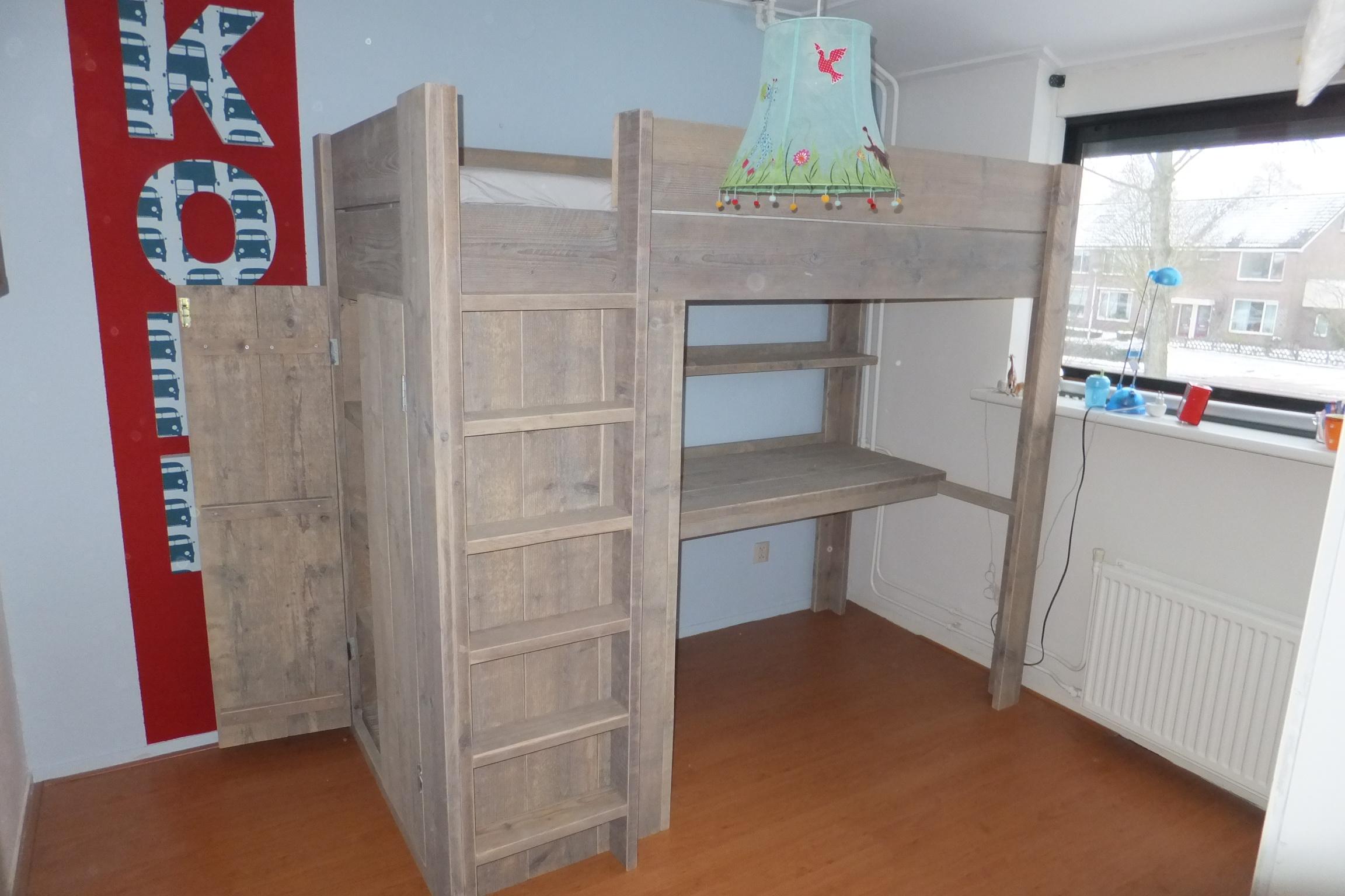 Hoogslaper met bureau en kast beste ideen over huis en interieur